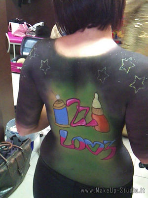 body painting Izzi all'Art Club - spalle